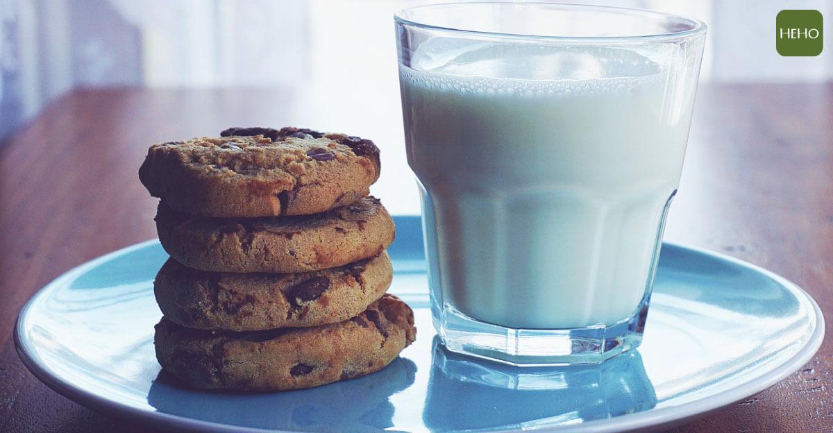 補鈣不用靠鈣片!這10種「天然食物」最好