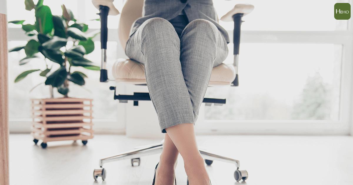 別再只是坐著不動了,否則你得關節炎的機會是跑步者的3倍