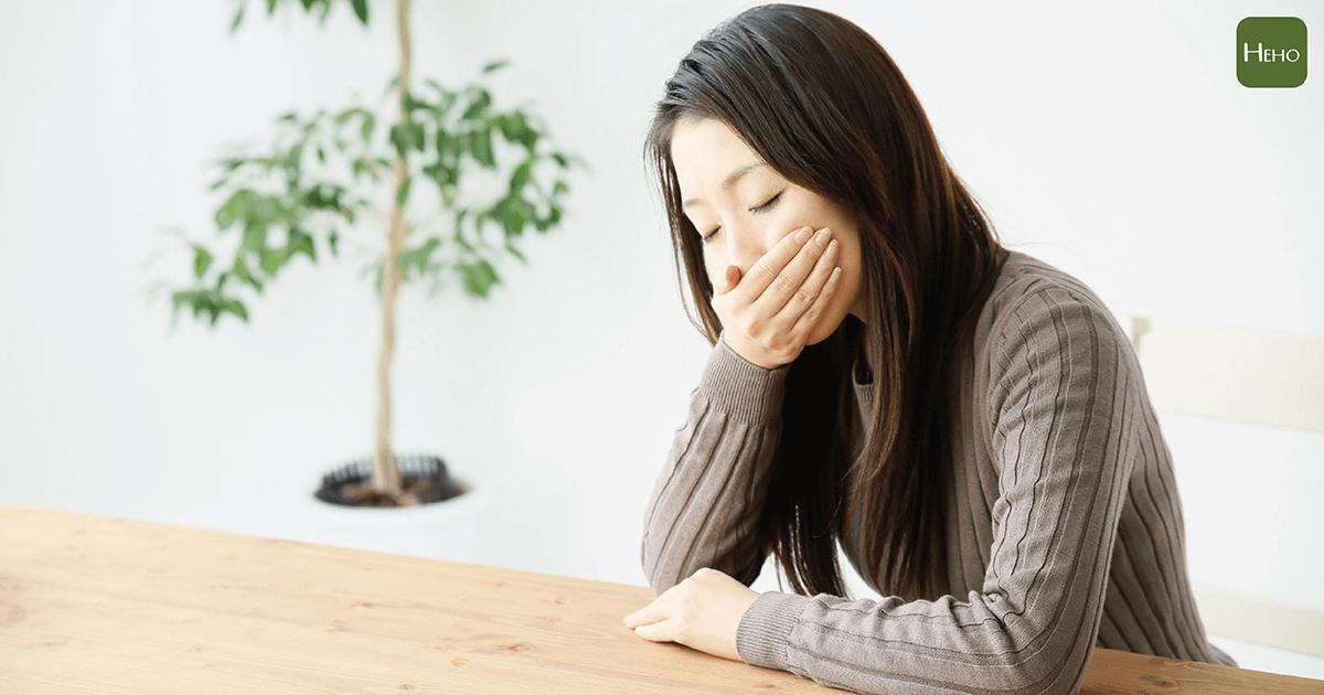 噁心嘔吐一定是腸胃炎?其實還有超過20種你不知道的問題!