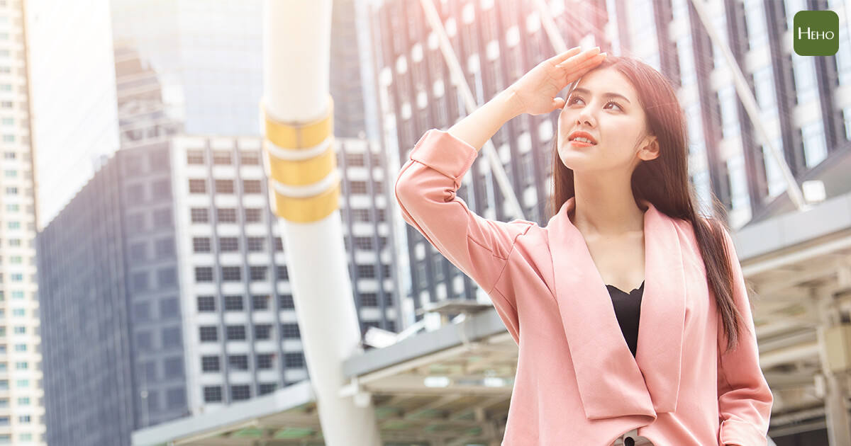 防曬也要注意頭皮!紫外線會讓毛囊受傷導致掉髮