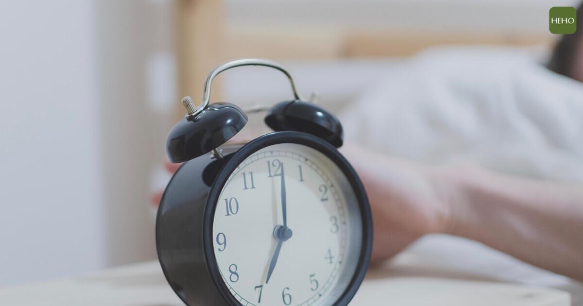 進入腦中風高風險期 睡醒後 90 秒是預防關鍵