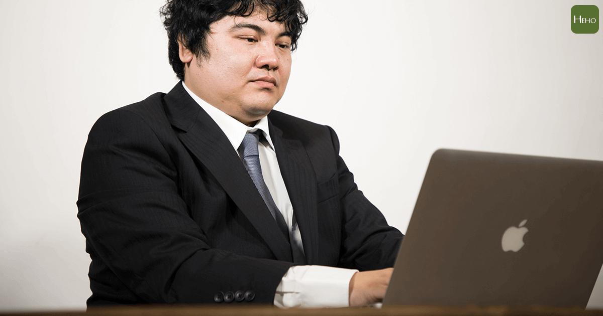 你是過勞肥上班族嗎?當心「壓力型肥胖」上身