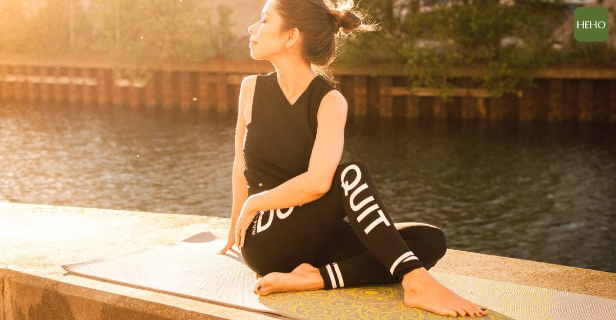 簡單拉筋就能保養身體!5部位伸展運動不藏私 | Heho健康