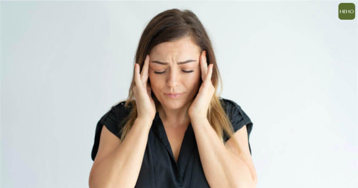 溫差大就容易頭痛、關節痛?原來「天氣痛」造成的
