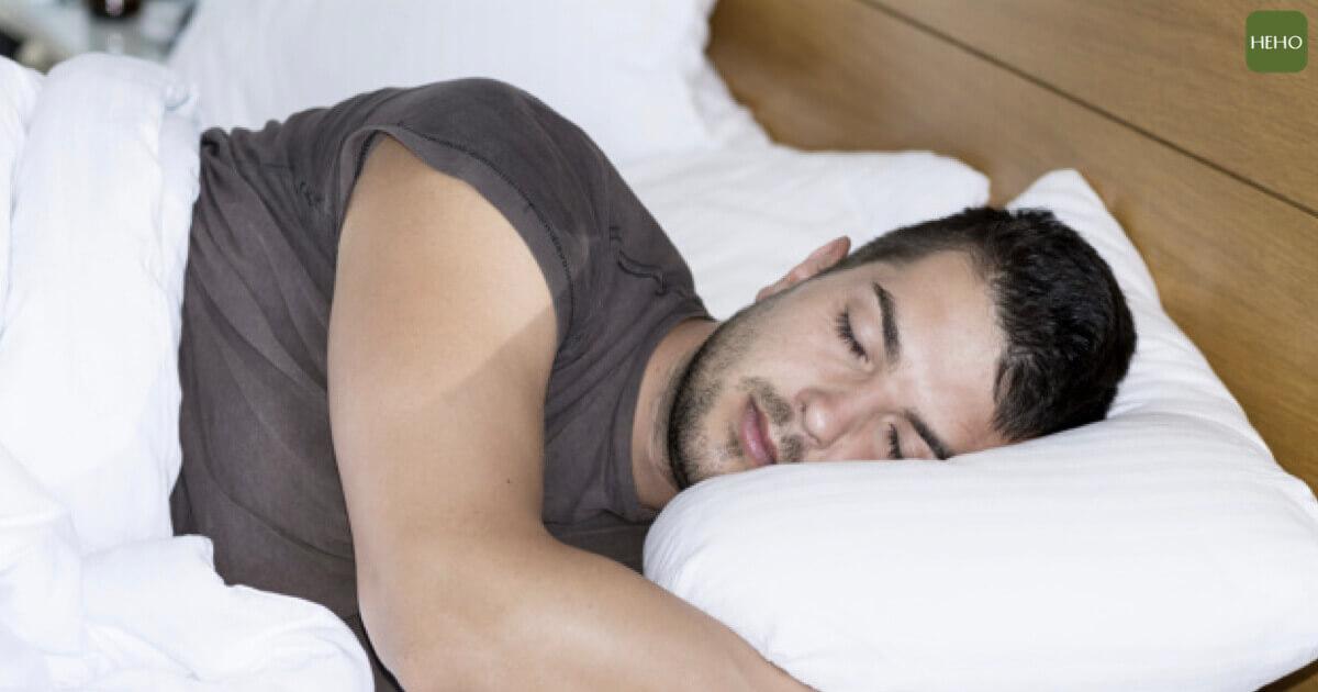 打呼的人失智風險增2倍!日醫:這睡姿可助改善