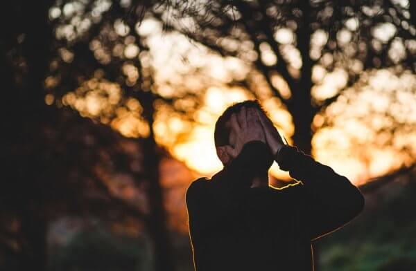病由心生是真的!研究發現 7 成疾病與情緒有關