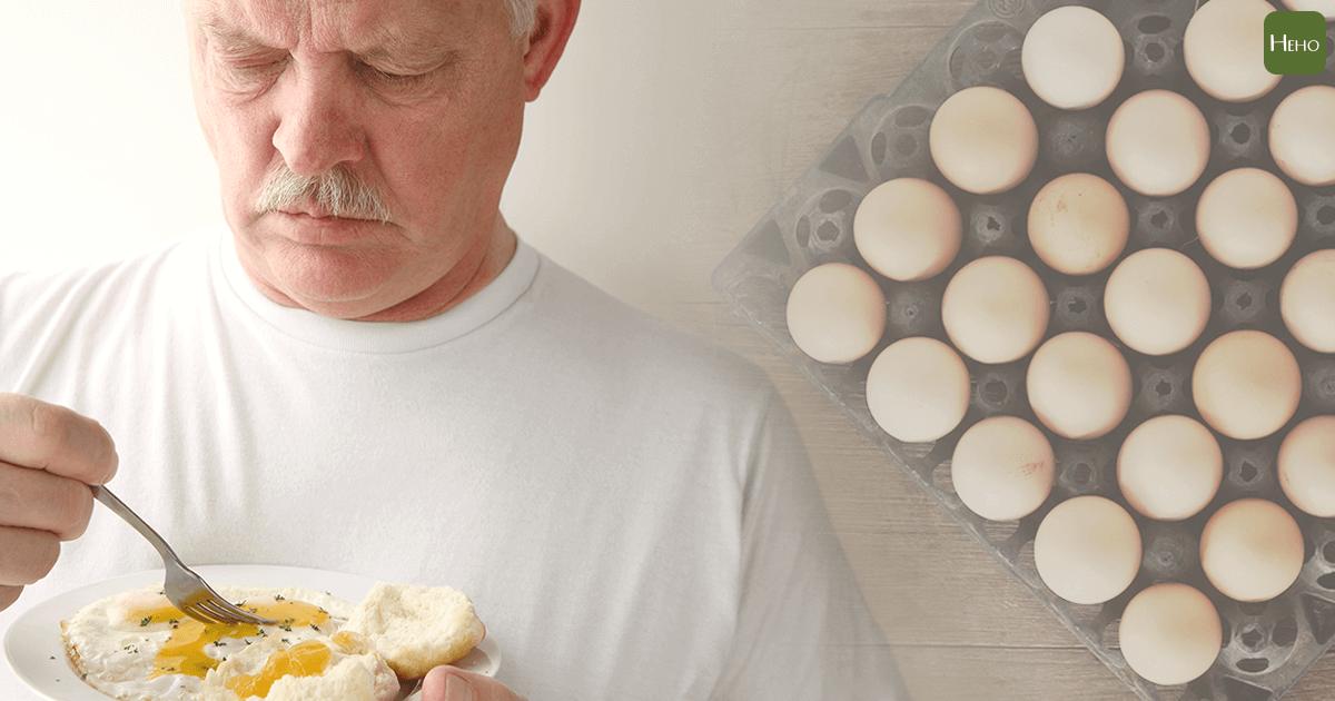 88歲老翁每天吃25顆雞蛋 結果…. 一天到底能吃幾顆蛋? | Heho健康