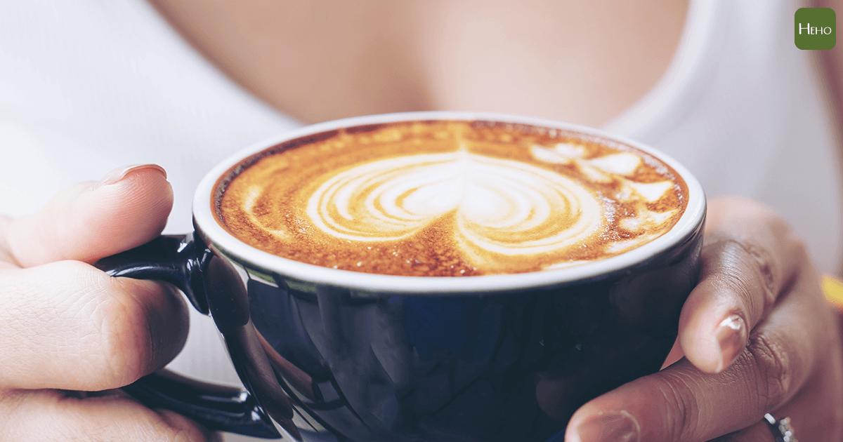 咖啡加牛奶,真的能補鈣又防癌嗎? | Heho健康