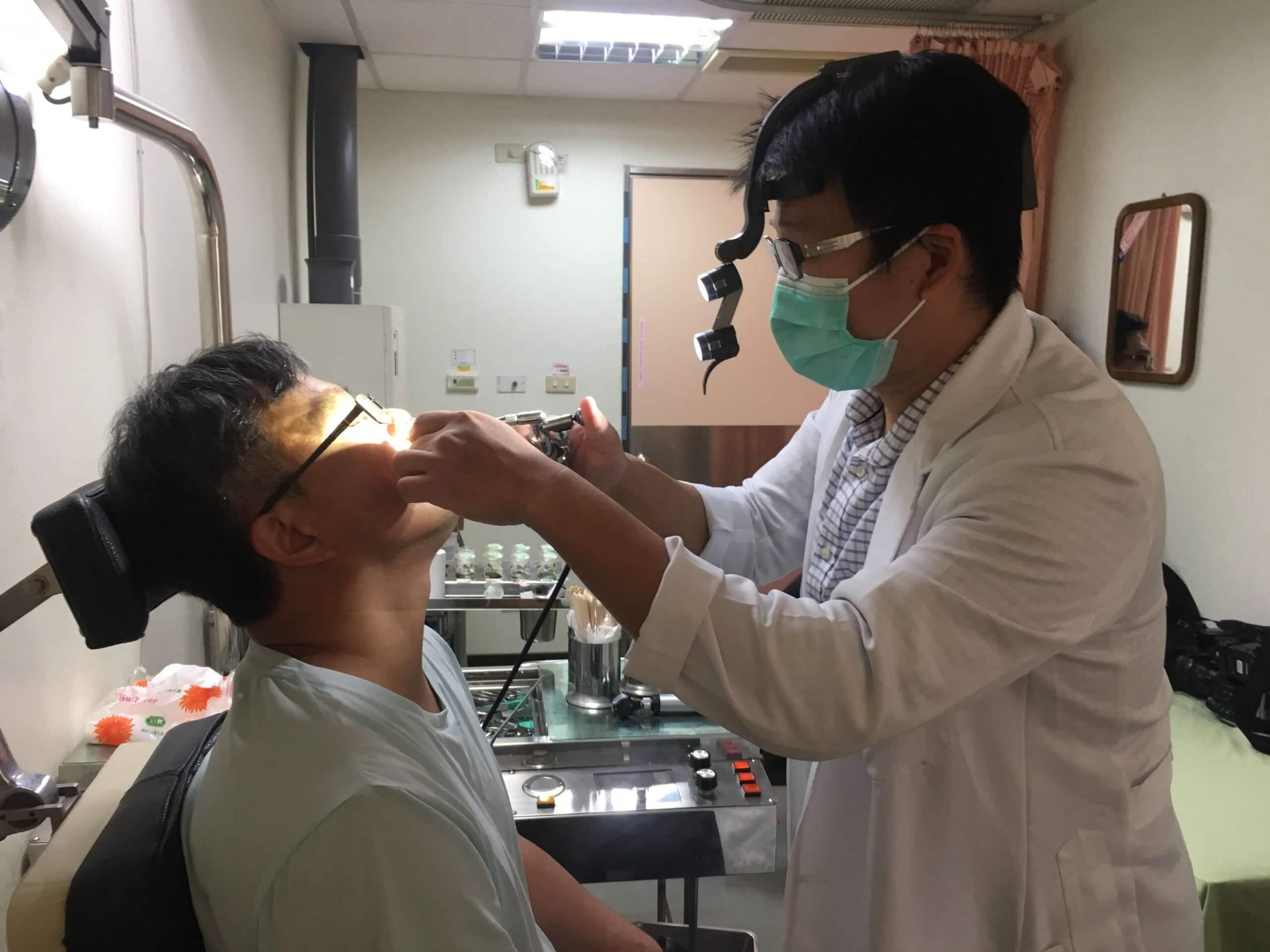 扁桃 腺 手術