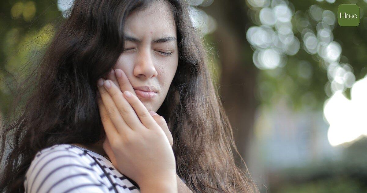 顳顎關節、牙痛