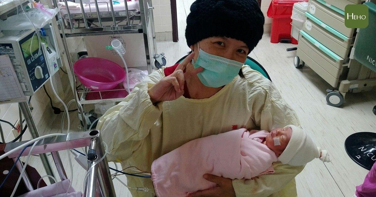 懷孕期間發現卵巢癌,媽媽勇敢生下兒子成為抗癌最大動力!